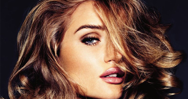 Rosie Huntington-Whiteley Wearing Hair Extensions
