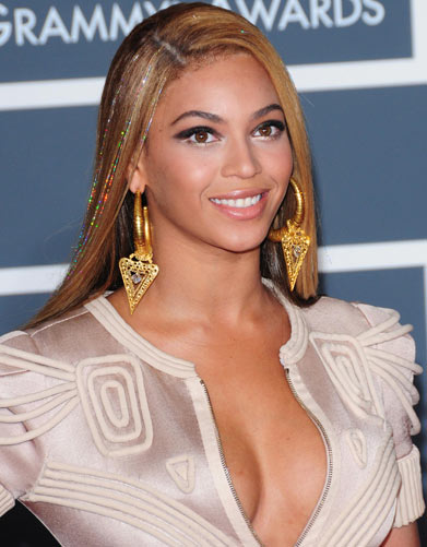 Beyonce-Tinsel-Hair-Extensions