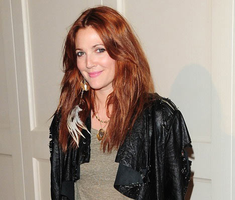 drew-barrymore-red-hair