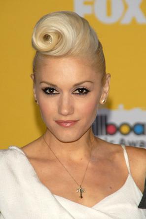 Gwen-Stefani-Hair vintage twist