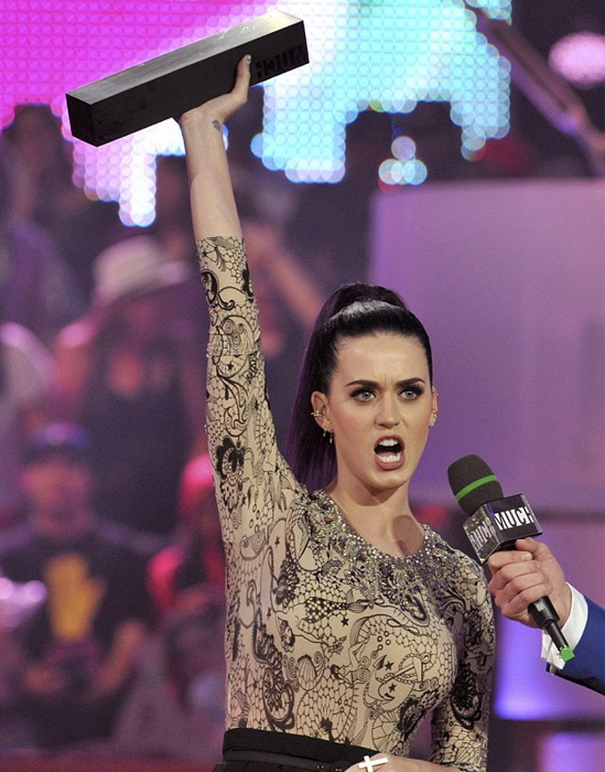 Katy-Perry's-Hair-at-the-MuchMusic-Awards