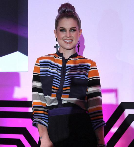 Kelly-Osbourne-Lilac-hair