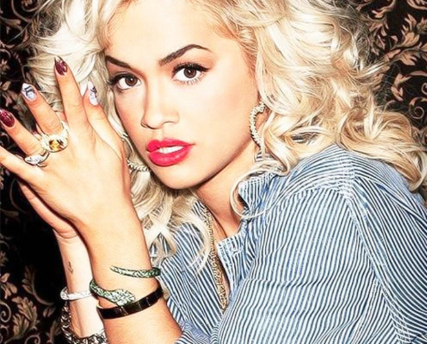 How to get Rita Ora curls