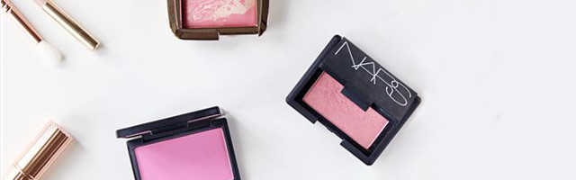 7-makeup-products-your-can-use-on-your-hair-blush