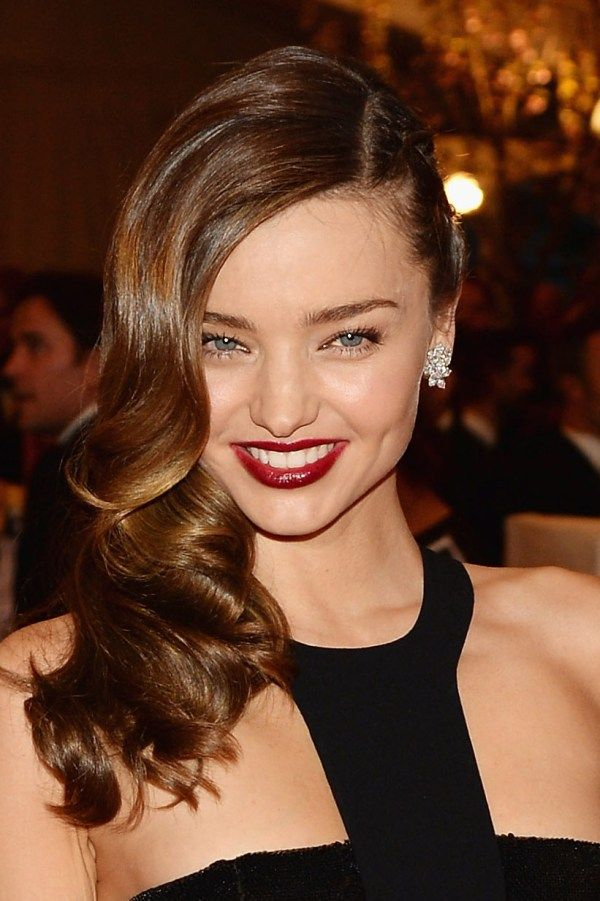 how-to-find-the-best-parting-for-your-face-shape