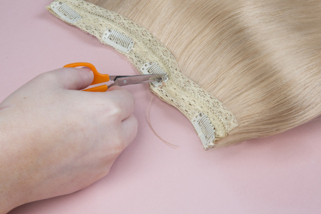 how-to-sew-clips-on-your-hair-extensions-7