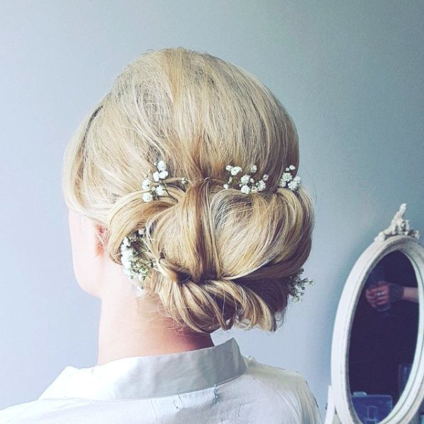 everything-you-need-to-know-about-buying-milk-and-blush-hair-extensions-for-your-wedding