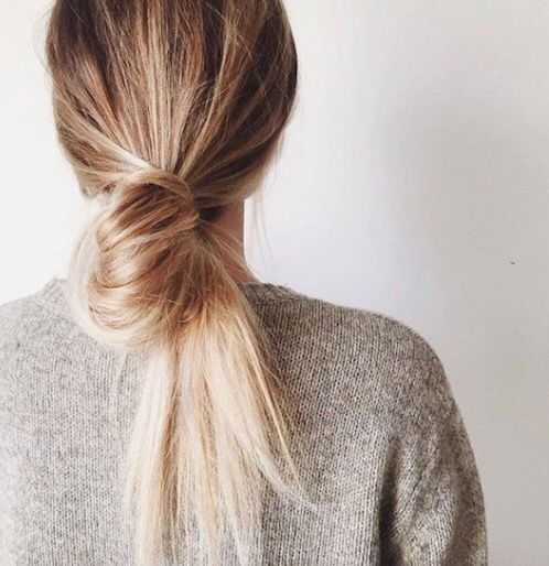 hair-horoscope-milk-and-blush-may-2018-AQUARIUS
