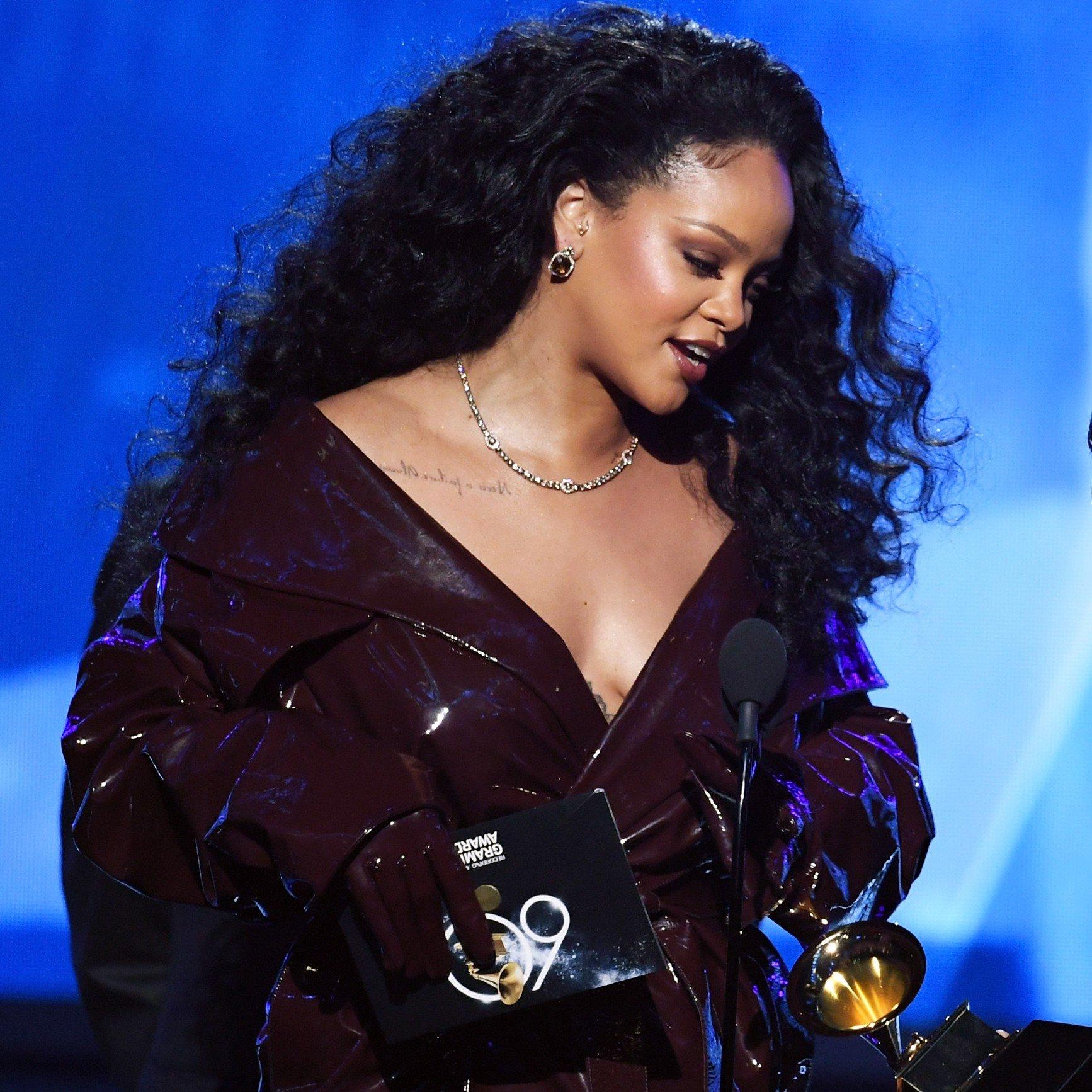 Rihanna's Hair History