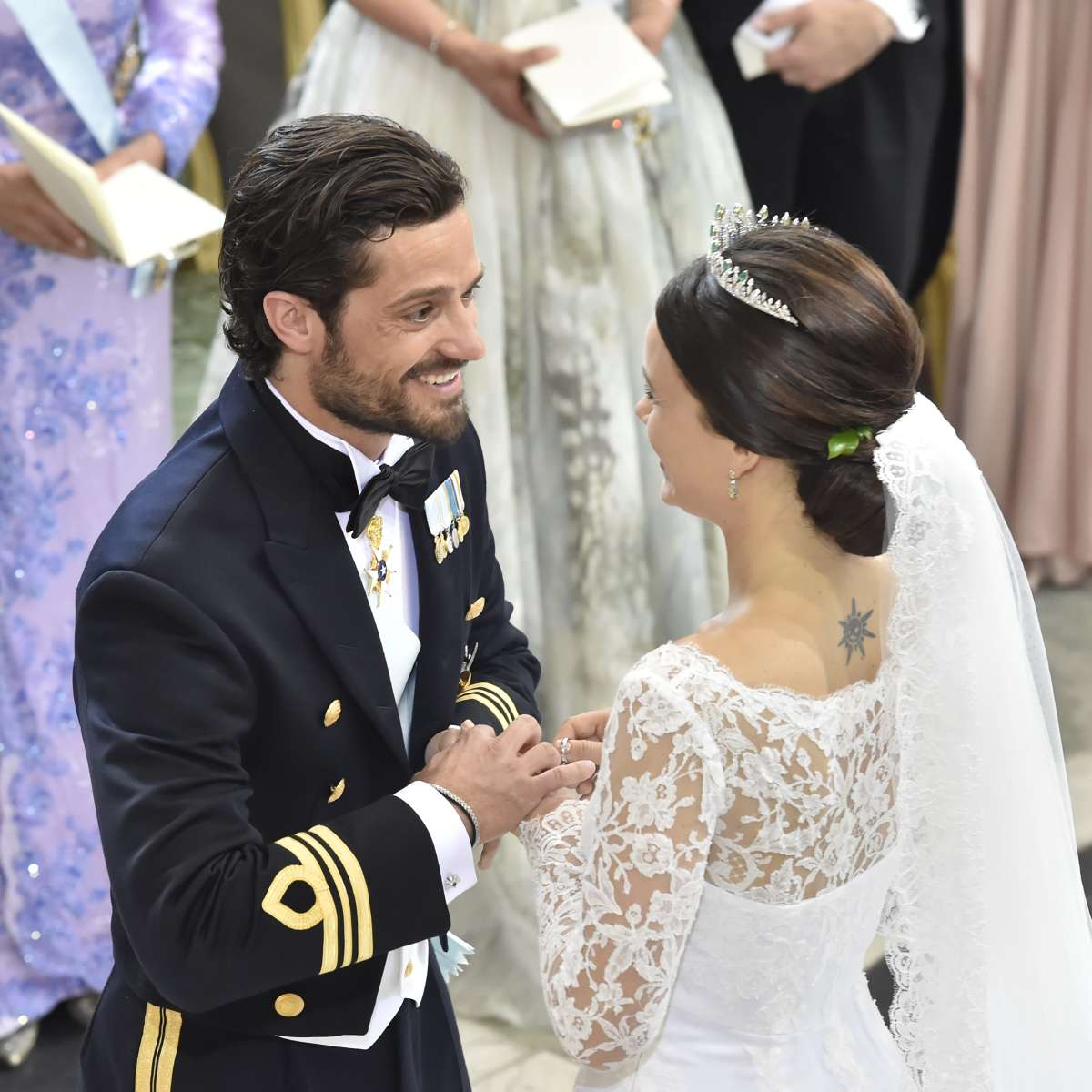 The-Best-Royal-Bride-Hairstyles-milk-and-blush-blog-post-Princess-Sofia-of-Sweden