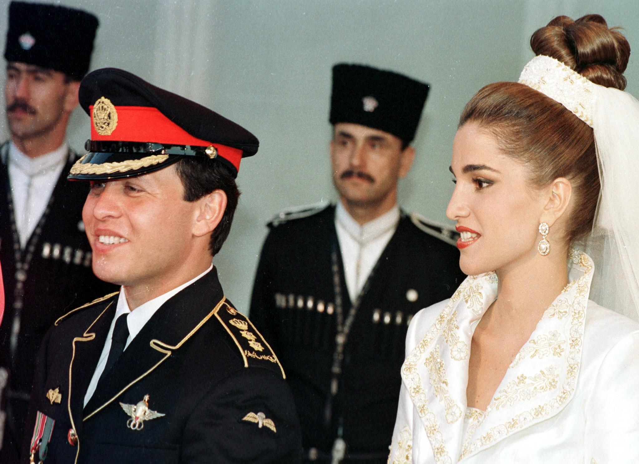 Bride-Hairstyles-milk-and-blush-blog-post-Queen-Rania-of-Jordan