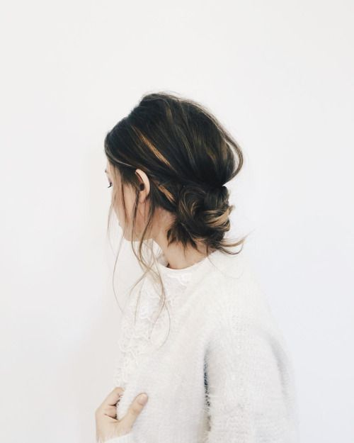 5-Casual-Hairstyles-That-Are-Perfect-For-The-Airport