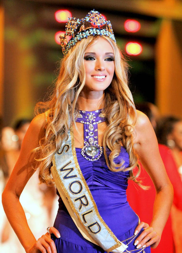 Hair History - Miss World Special  Hair Extensions Blog -1019