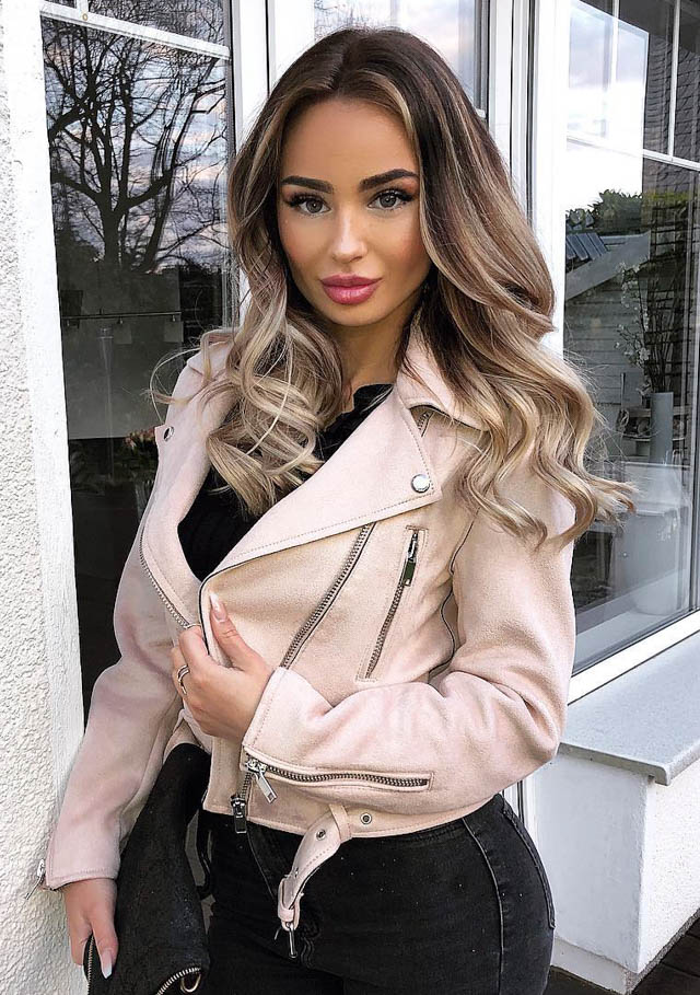 milk-and-blush-hair-extensions-blogger-routines