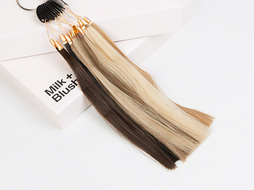 Choose a colour of hair extensions