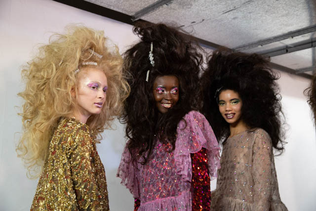 catwalk-hair-trends-london-aw19-milk-and-blush-hair-extensions