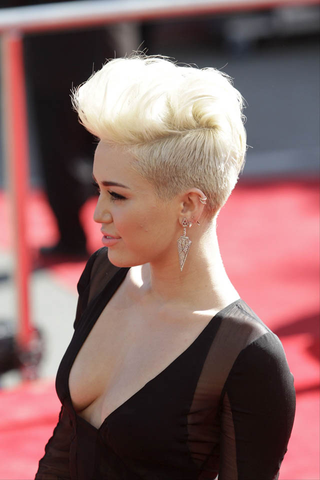 Miley Cyrus Hair History Hair Extensions Blog Hair
