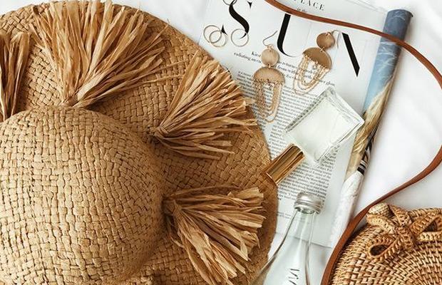 beach-bag-essentials-main-image